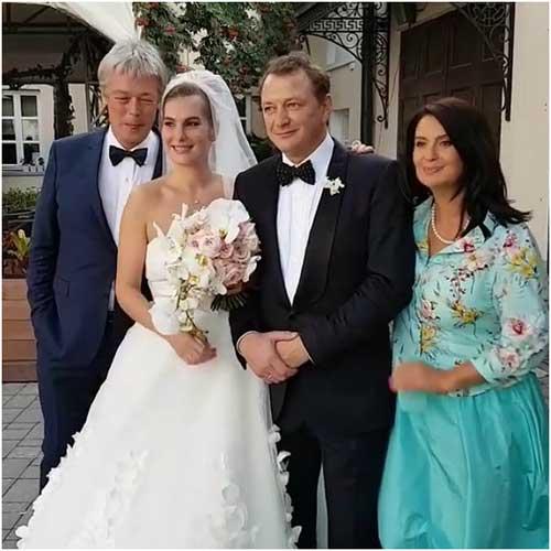 Башаров женился